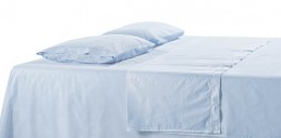 bed-sheets-light-blue